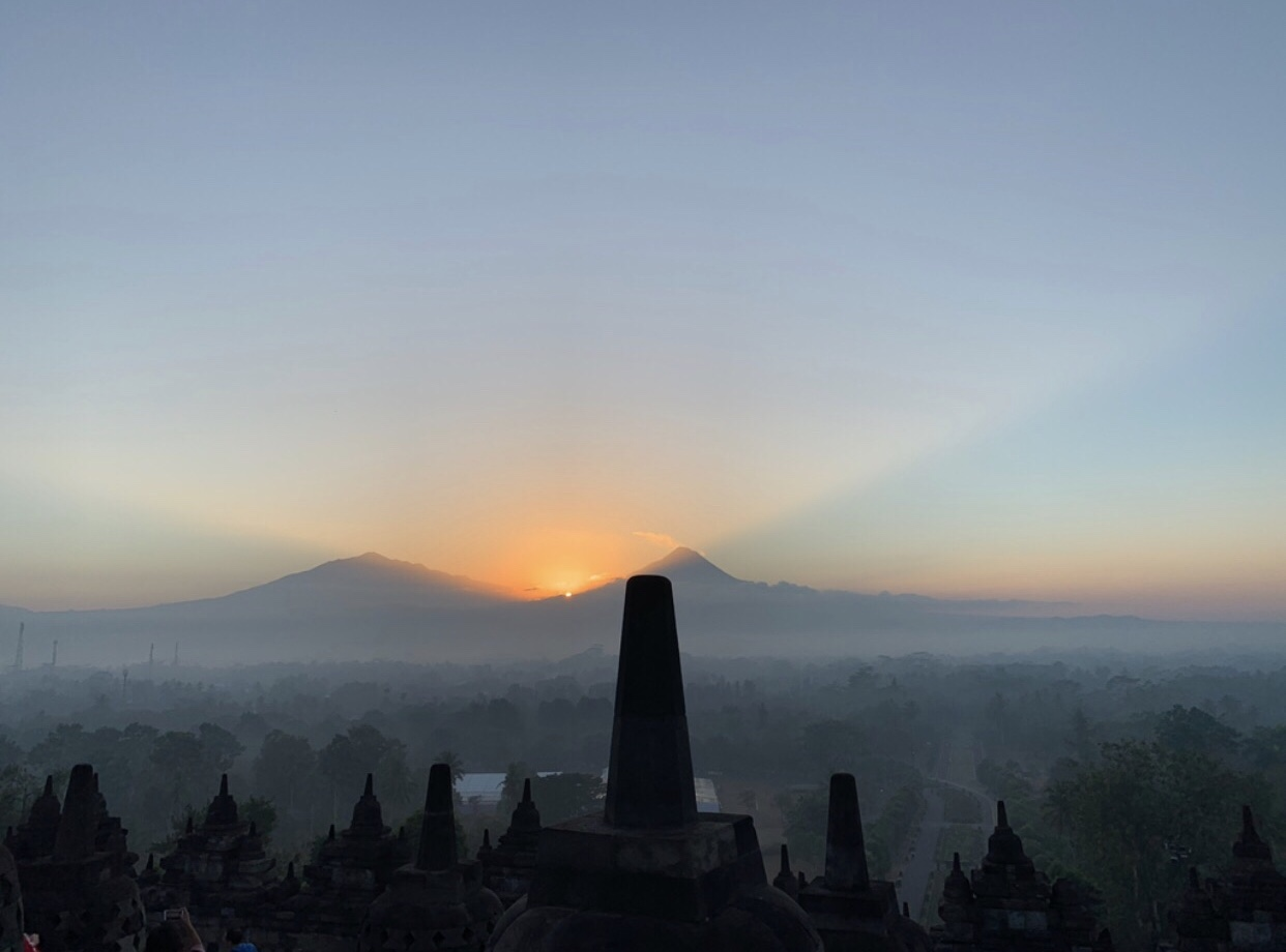 The magical moment bij de Borobudur